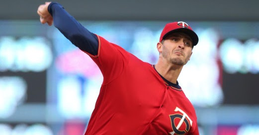 Bc-bba-astros-twins-img-jpg