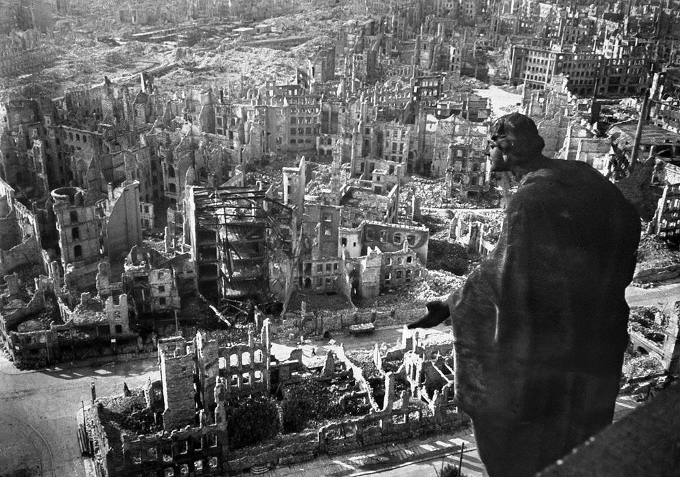 Αποτέλεσμα εικόνας για πολεμος αγγλια γερμανια βομβαρδισμος λονδινου