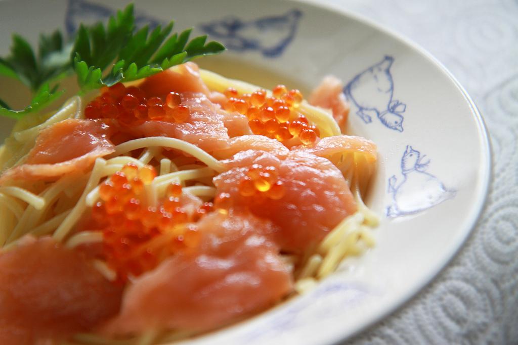 caviar, salmon roe pasta