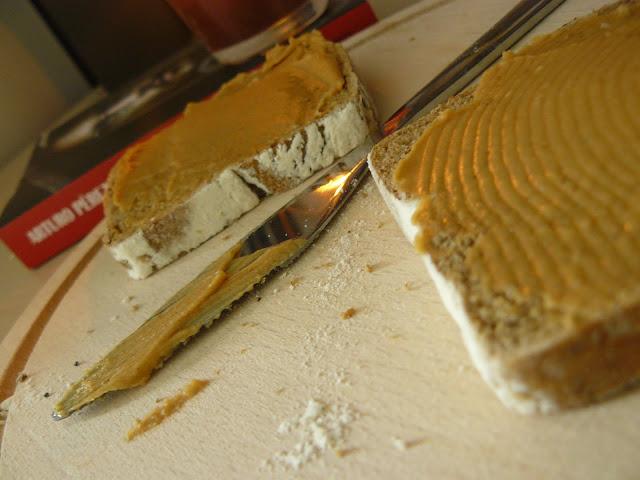 smaki: masło orzechowe