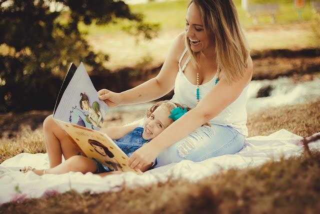 Ella logró que sus hijos lean de la manera más ingeniosa: esconde la contraseña de WiFi en libros