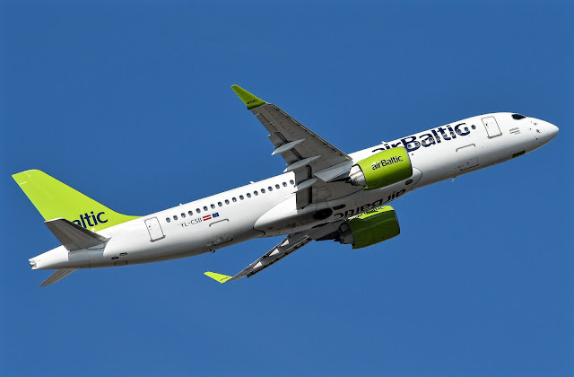 Bombardier CS300 Air Baltic