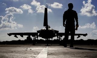 «Γεμίζει» με μαχητικά η βάση του Ακρωτηρίου λόγω Συρίας