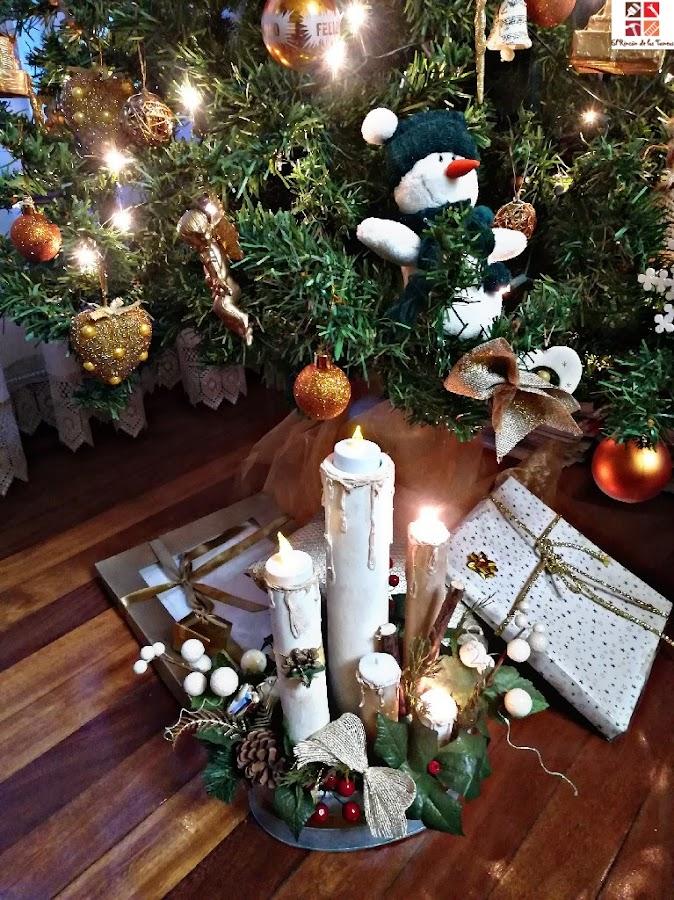 centro navideño con velas