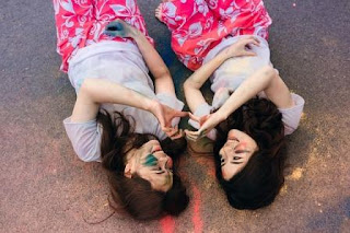 Puisi Persahabatan Untukmu Sahabatku Karya Kharisma Rizki Wulansari