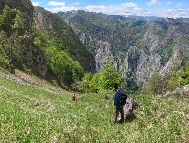 Grupo de montaña Losdelasclaras: El Camín de los Beyuscos (Parte II ...