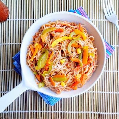 spaghetti pasta,tomato basil,veggie pasta