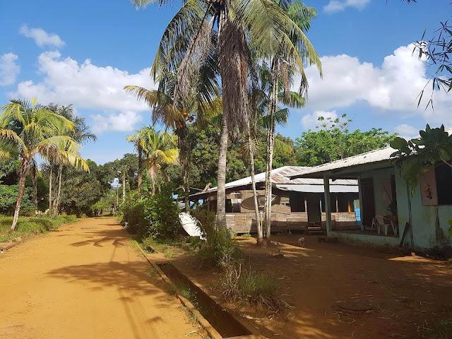 Guyane, village de Kaw