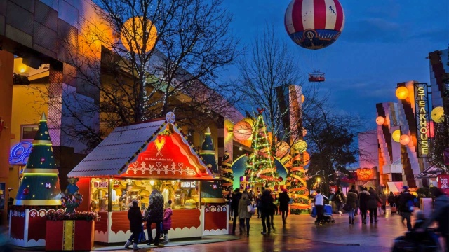 disneyland-paris-christmas-village-poracci-in-viaggio