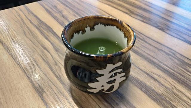 お茶【長崎グルメ】長崎市鍛冶屋町のコバチでランチ