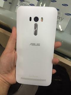 Asus Zenfone Selfie Belakang