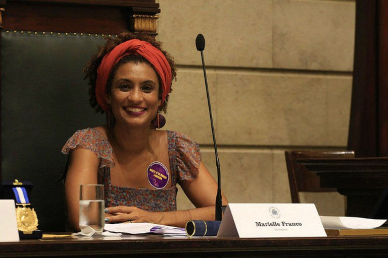 VEREADORA MARIELLE FRANCO, DO PSOL, É ASSASSINADA NO RIO