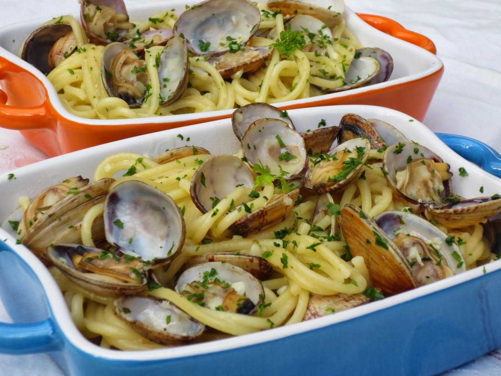 Espaguetis con almejas con Thermomix Ana Sevilla