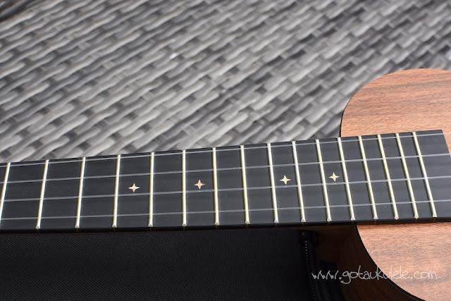 Enya EUS-X1 Ukulele fingerboard