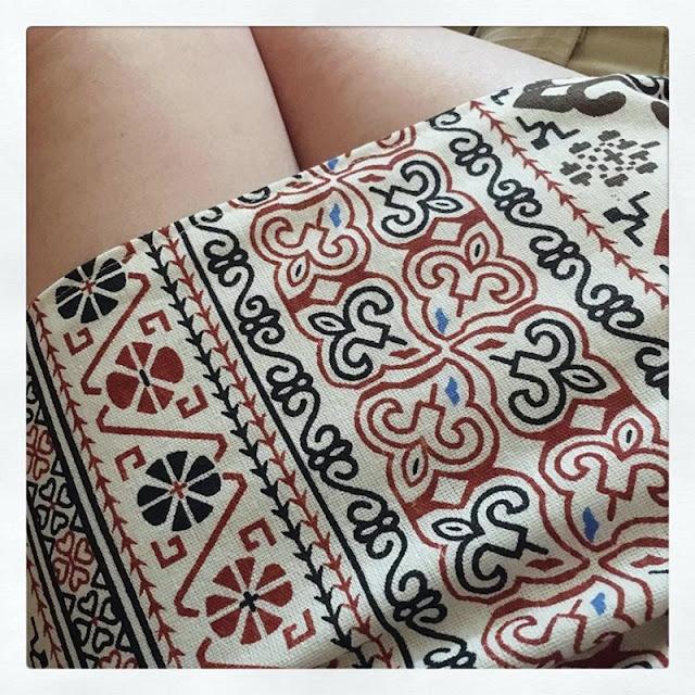 Falda base con cinturilla interior