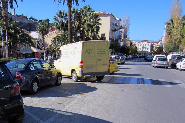 Για περιορισμό της κυκλοφορίας στην οδό Αμαλίας και κολονάκια στην οδό Πλαπούτα συζητούν στο Ναύπλιο