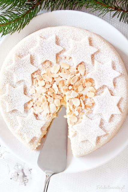 Christmas-cake-recipe-almond-marzipan-cake