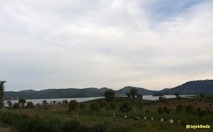 Kesejukan Danau Moat Sulawesi Utara Pada Ketinggian 1.100 Meter