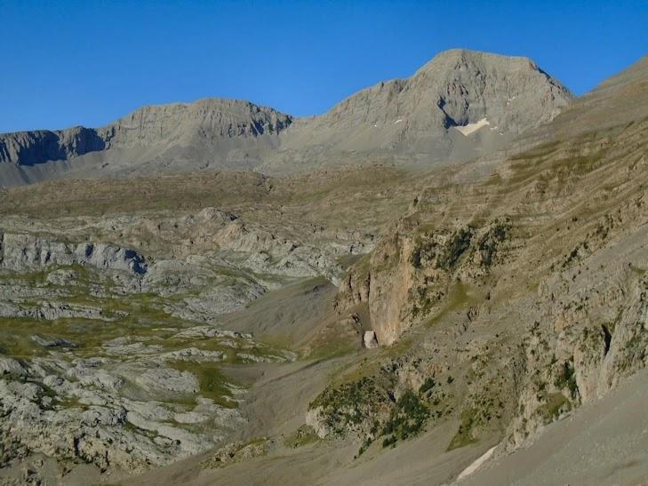 El Cotiella (2.912 m)