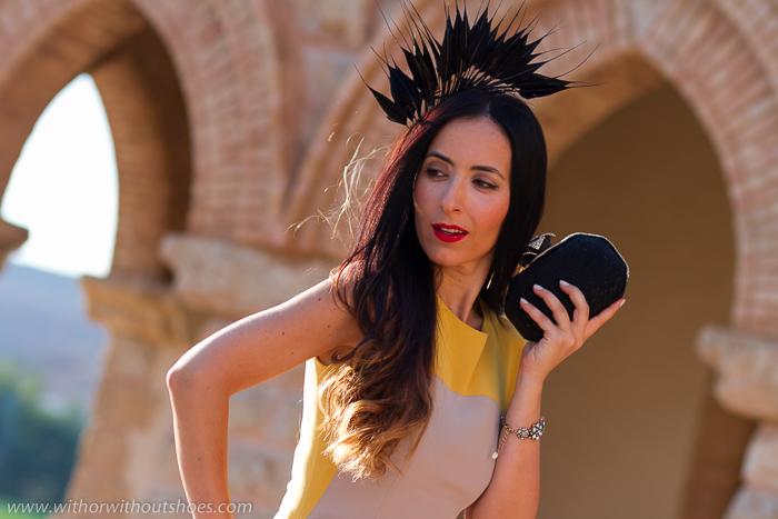 BLogger influencer con look 24Fab Web de alquiler de vestidos complementos de lujo a precios razonables