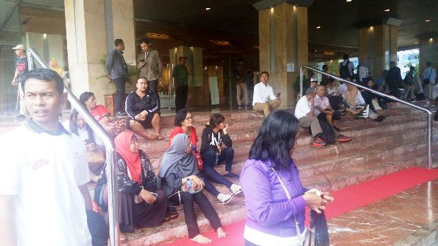 Hadiri Pesta Rakyat, Warga Jakarta Berduyun-duyun Datangi Balai Kota
