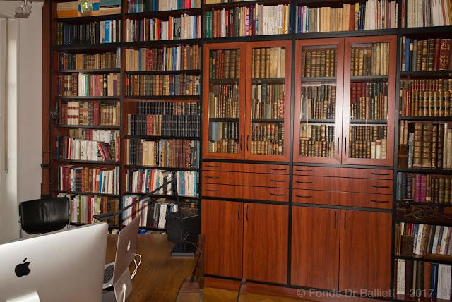 LA bibliothèque, en fait, une des bibliothèques car le savoir te l'espace occupé par les livres ne connaissent guère de limites (cliché Balliet J.M.)