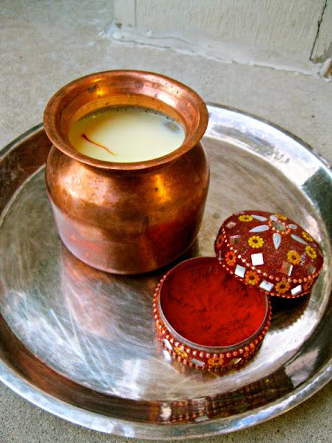 benefits of saffron milk