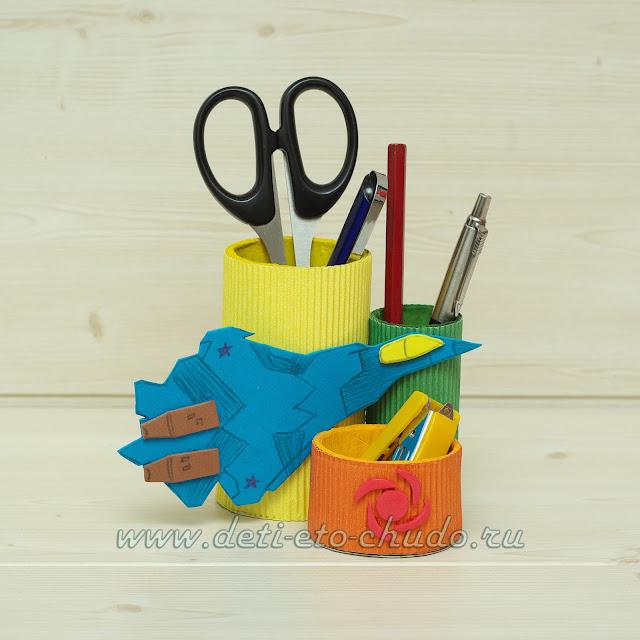 карандашница, карандашница на 23 февраля, карандашница своими руками, карандашница из втулок, карандашница из гофрированной бумаги, тематическая карандашница