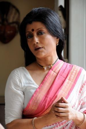 Aparna sen movies, directed movies, marriages, hot, mukul sharma, husband, daughters, photo, bengali movie, films, wiki, biography