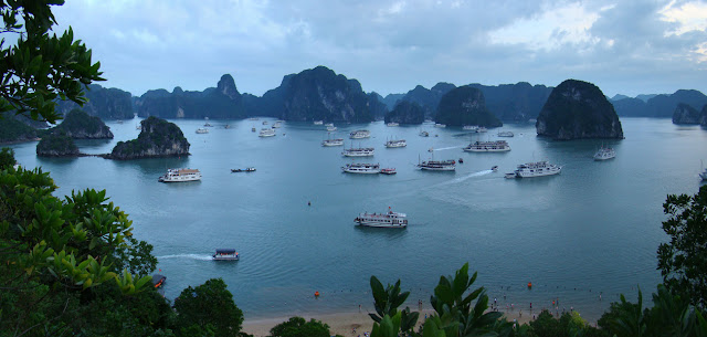 Top 8 Nice Places to Visit in Vietnam halong bay