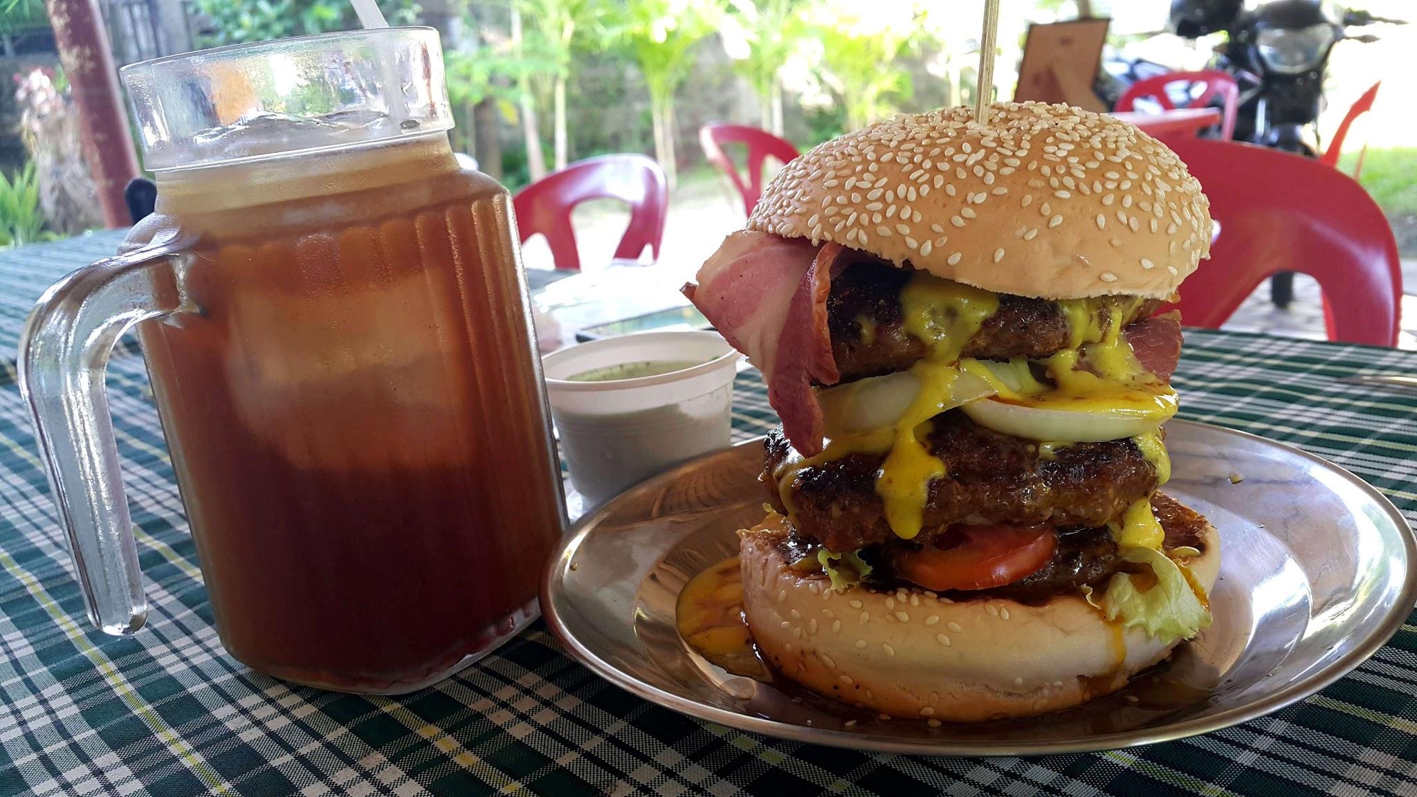 Maggus Hispanic Burger Iloilo