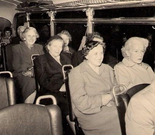 bus+women.jpg