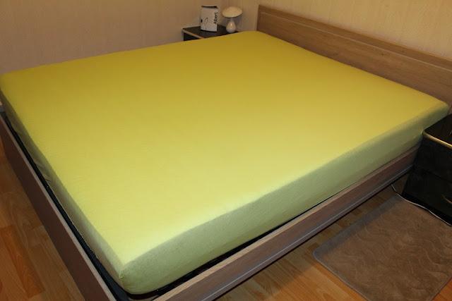 Épaisseur de l'Albert Matelas sur un lit deux personnes