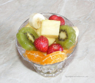 Salata de fructe tropicale retete culinare,