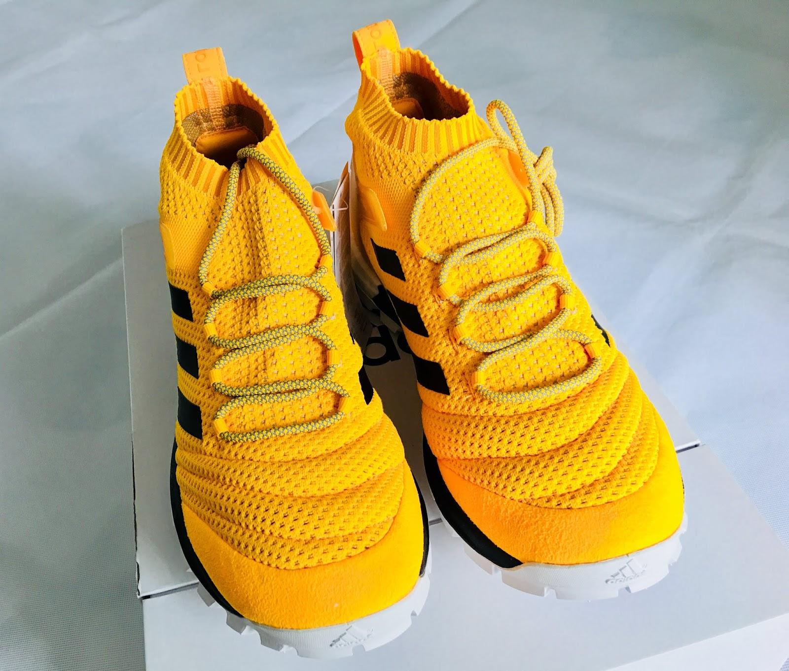 best service 10f82 532bc Gosha Rubchinskiy x Adidas Copa PK Mid Orange Sneakers