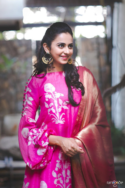 Lakme Fashion Week Rakul preet in pink dress