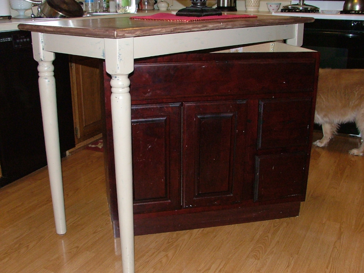 How to build a kitchen island with a high table and a base cabinet