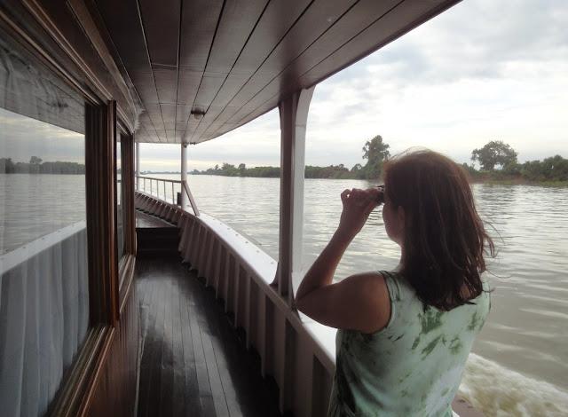 Barbara an Bord der Lan Diep auf dem Mekong