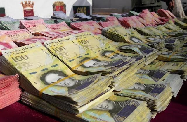 Detenido por portar 153 millones de bolívares en efectivo (43 dólares)