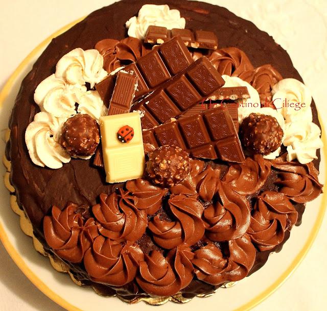 Come base ho preparato la chiffon cake al cioccolato b95daa9c179e