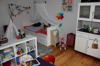 evaswerk kinderzimmer. Black Bedroom Furniture Sets. Home Design Ideas