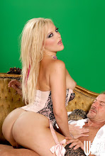 Alexis Texas robot sexual xXx (2011)