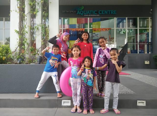 anak blogger malaysia setia spice aquatic centre penang, santai petang di setia spice aquatic centre penang, taman permainan air kanak-kanak di penang, tempat menarik mandi di penang, kolam kanak-kanak penang,