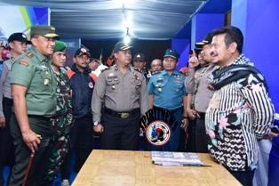 Gubernur,Pangdam dan Kapolda Pantau Situasi Pergantian Tahun  di Makassar