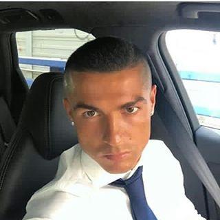 Ronaldo Punya Alasan Potong Rambutnya