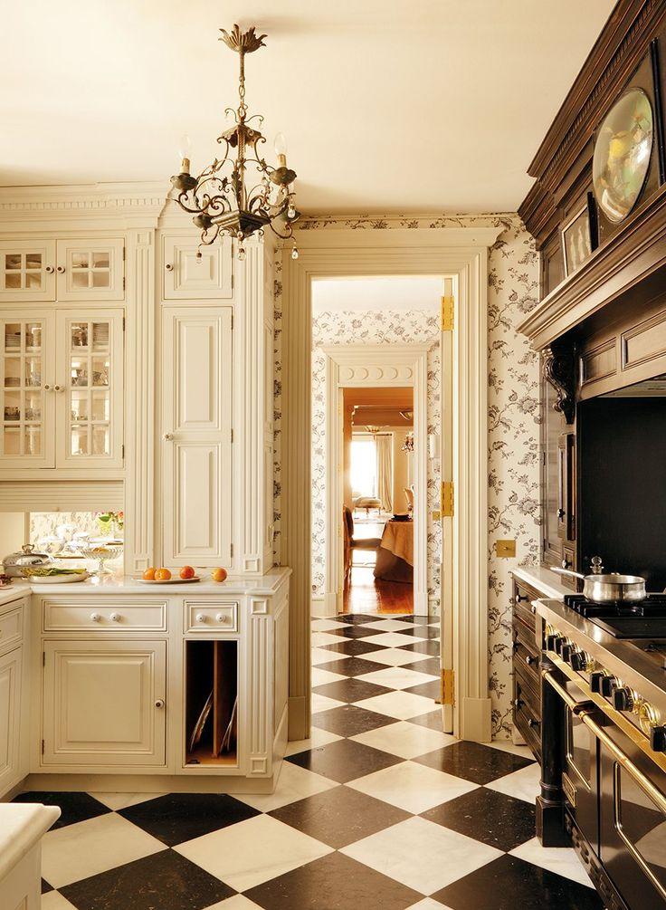 Lunch Latte Interior Design Romantic Style In Madrid