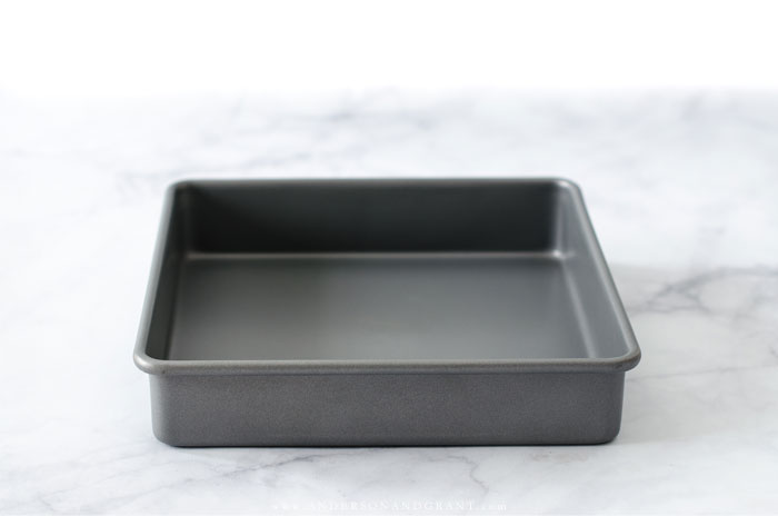Nine essential baking pans that anyone should have in their kitchen, plus tips on how to use each one.  |  www.andersonandgrant.com