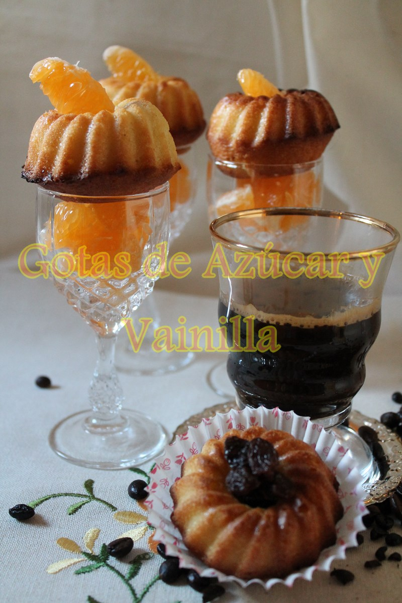 mini-bundt-cakes-de-naranja, orange-mini-bundt-cakes