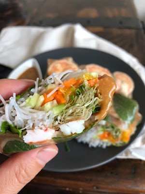 Recipe of the fresh vegetarian spring rolls from Nourish by Lu