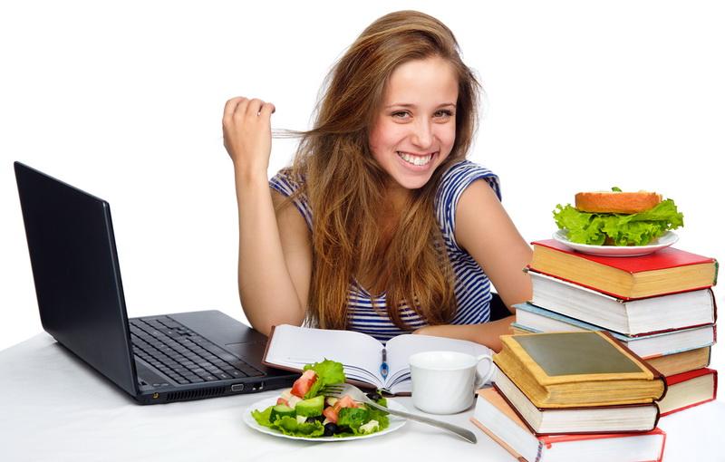 Η σωστή διατροφή του μαθητή και τι έχει ανάγκη να τρώει σε περίοδο εξετάσεων
